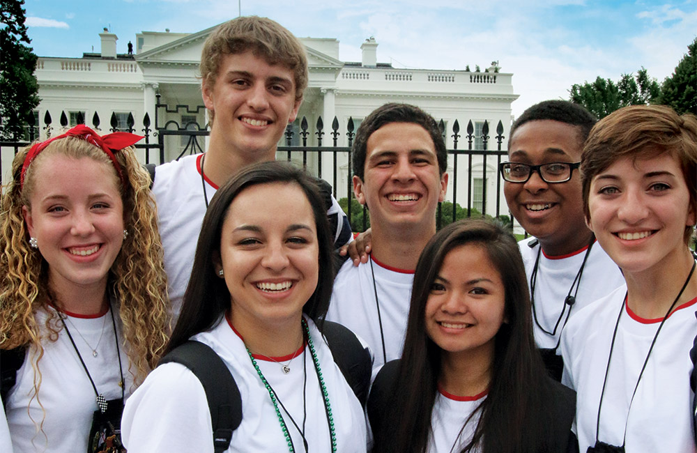 2015 Youth Tour participants at the White House